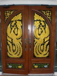 ประตูไม้สักแกะสลัก 2ด้าน ทำสี สวยงามมาก