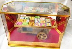 ขนมไทยจิ๋วในรถเข็น Handmade กว้าง 30 สูง 29ซม