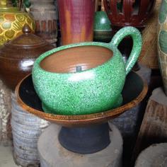 น้ำผุด ทรงถ้วยกาแฟ