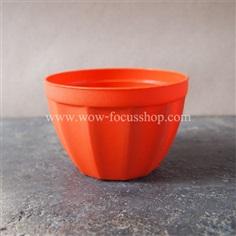 กระถางพลาสติกสีส้ม สำหรับปลูกแคคตัสหรือต้นไม้เล็กๆ