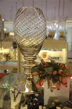 Tyme Boutique แจกันแก้ว TKH1082-46Y:Glass vase Top clear and