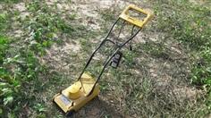 ขาย เครื่องตัดหญ้า ตัดใบมีด วงเดือน สนามหน้าบ้าน ไฟ110V