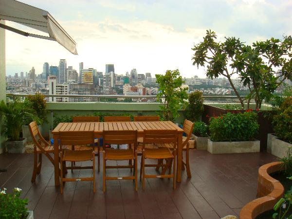 รับจัดสวนกระถาง ,container garden roof top garden ,รับจัดสวน