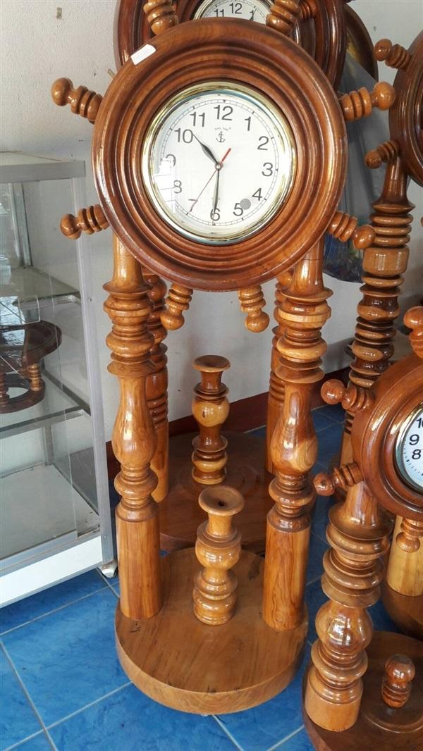 นาฬิกา 2 ขา